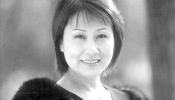张凯丽演唱《好人一生平安》_发型设计图片
