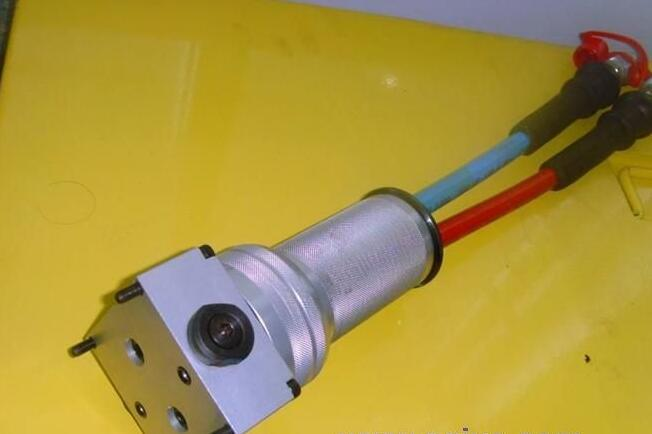 液压撑顶器图片