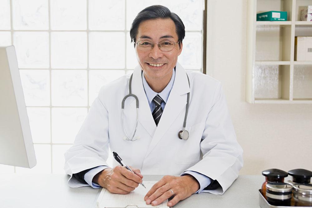 请把尊严还给中国医生,视频最后看哭了