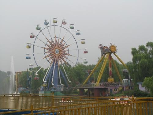 森林游乐园,09年4月份对外营业,沈阳作为一个省会城市终于有了自己的