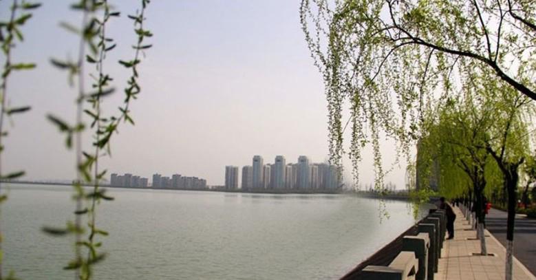 夏季嘉兴南湖风景实图