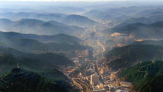 延安宝塔区风景图片