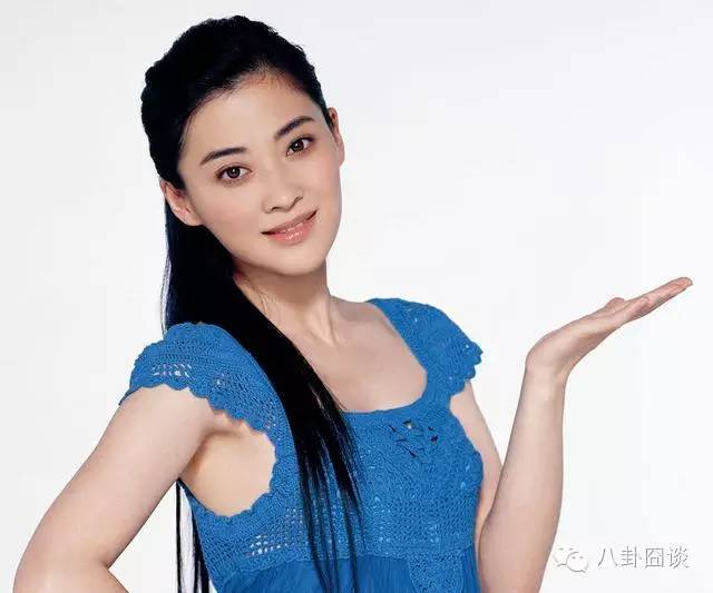 章子怡同学李小冉闺蜜,因情定浪子淡出荧幕,遭好友插足惨离婚,如今二婚被宠成精