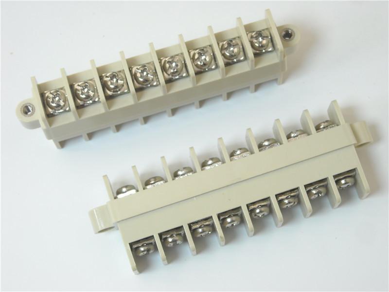 变压器接线端子