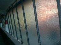 夹丝玻璃门